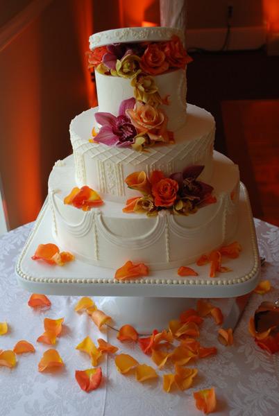Bellissima Vita's wedding cake by Carolyn Wong