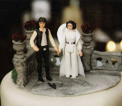 Star Wars inspired wedding cake on Our One Heart